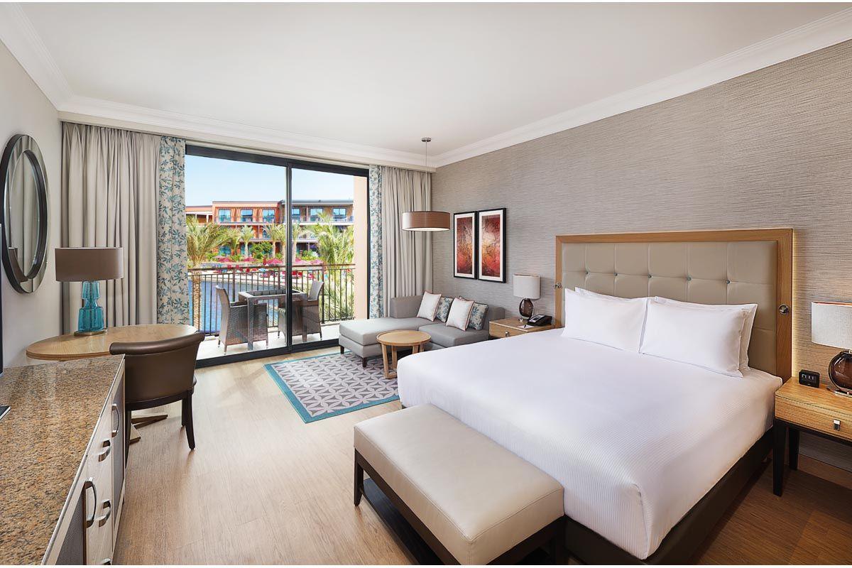 hotel-hilton-chambre-king-superieur-vue-piscine-2
