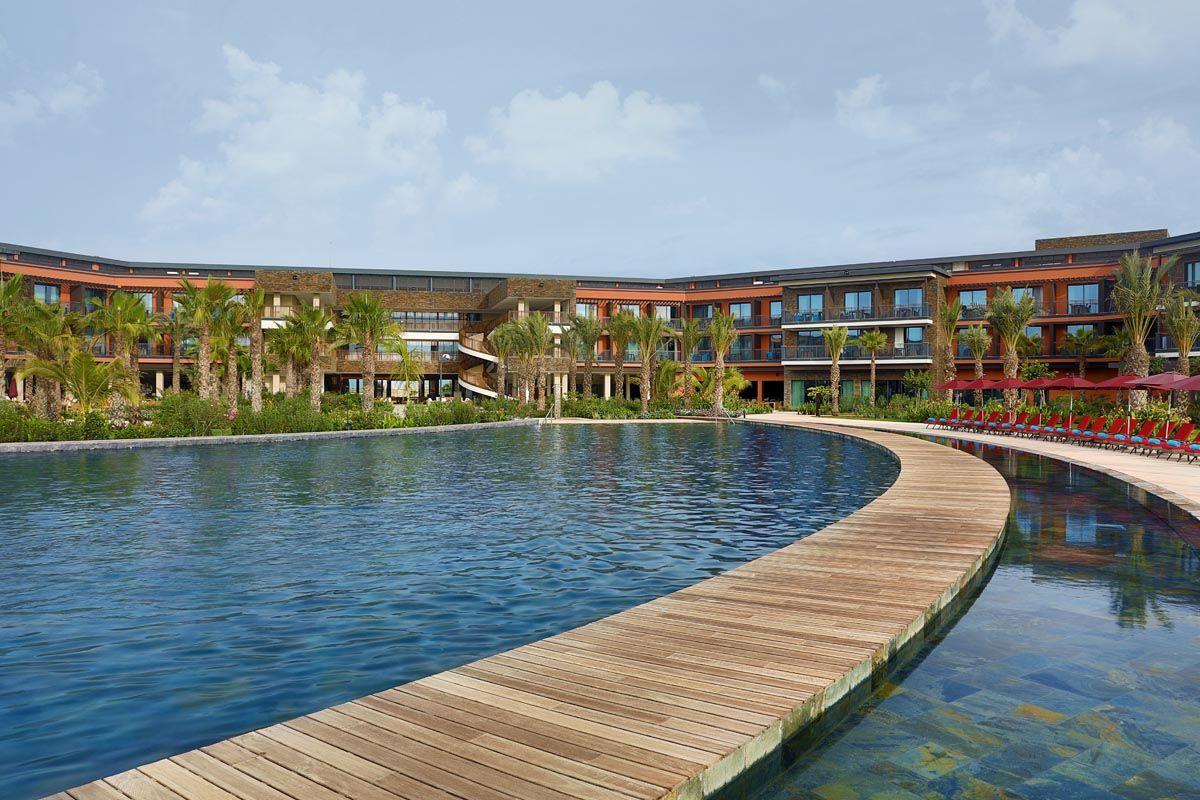 hotel-hilton-piscine-1