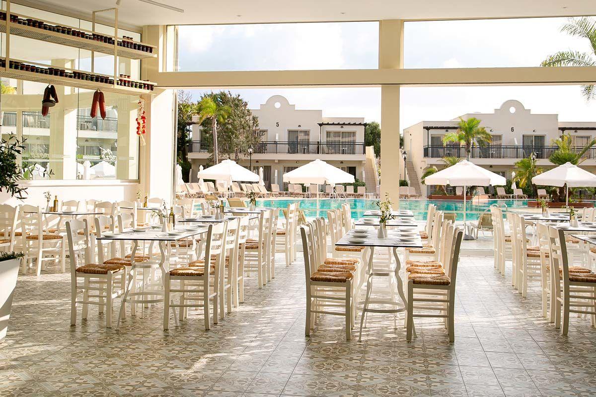 hotel-louis-paphos-breeze-05
