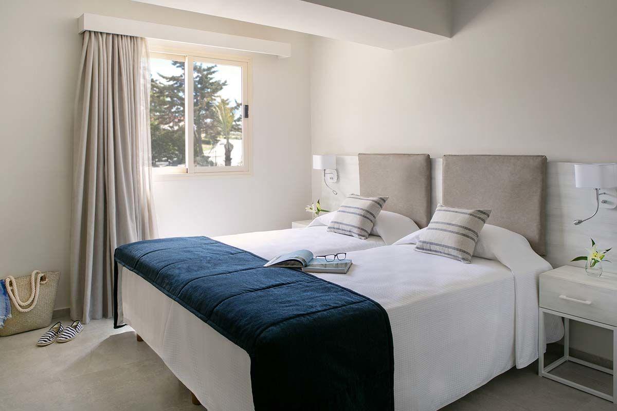 hotel-louis-paphos-breeze-07