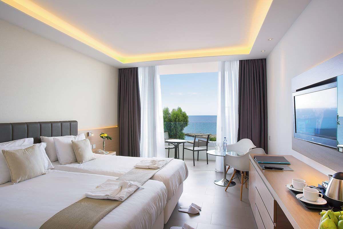 hotel-the-royal-apollonia-2