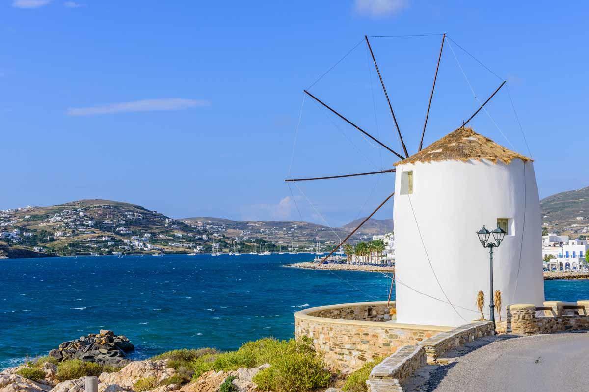 Combinés dans les Cyclades depuis Athènes - Paros, Naxos et Santorin en 4* - 1