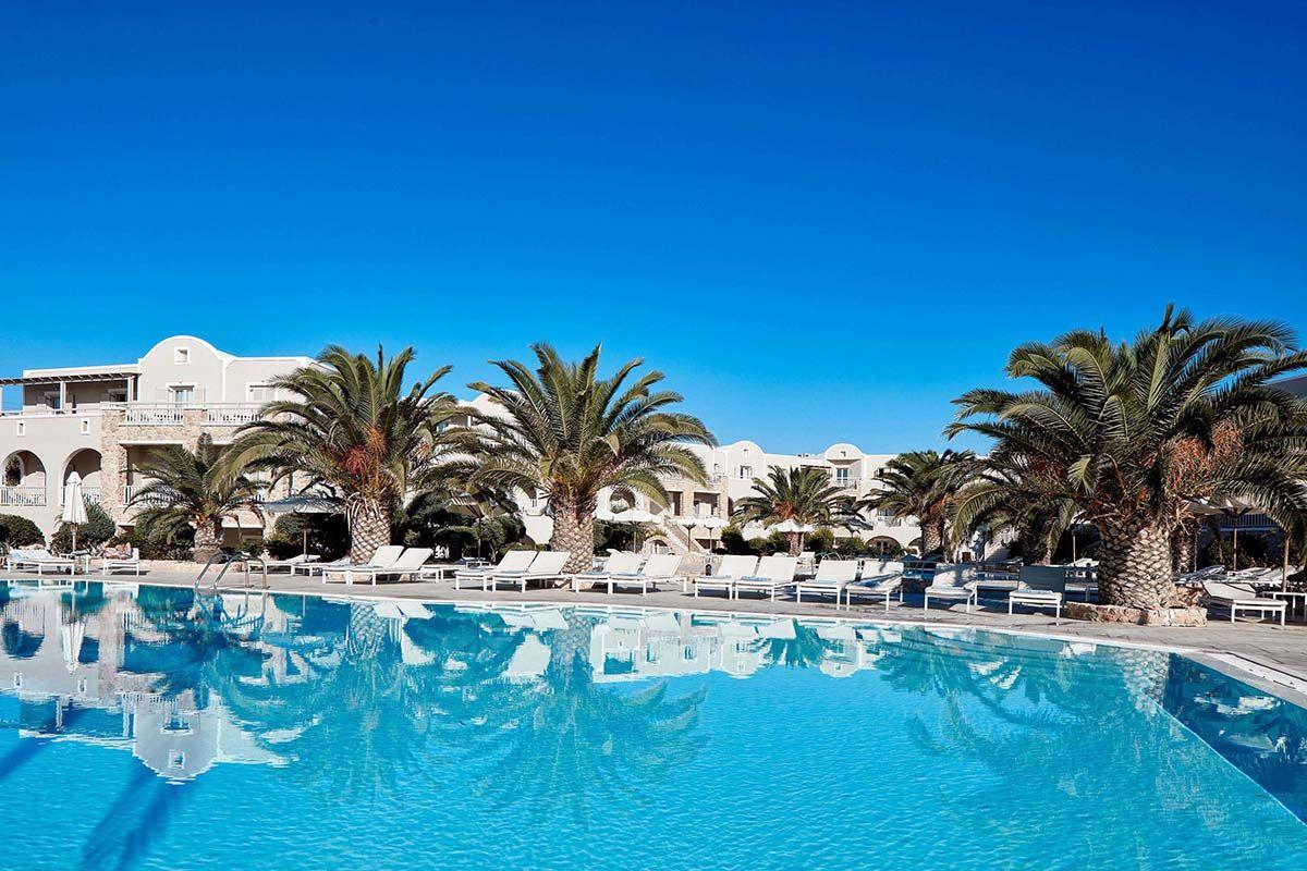 Santo Miramare Resort 4* - arrivée Santorin