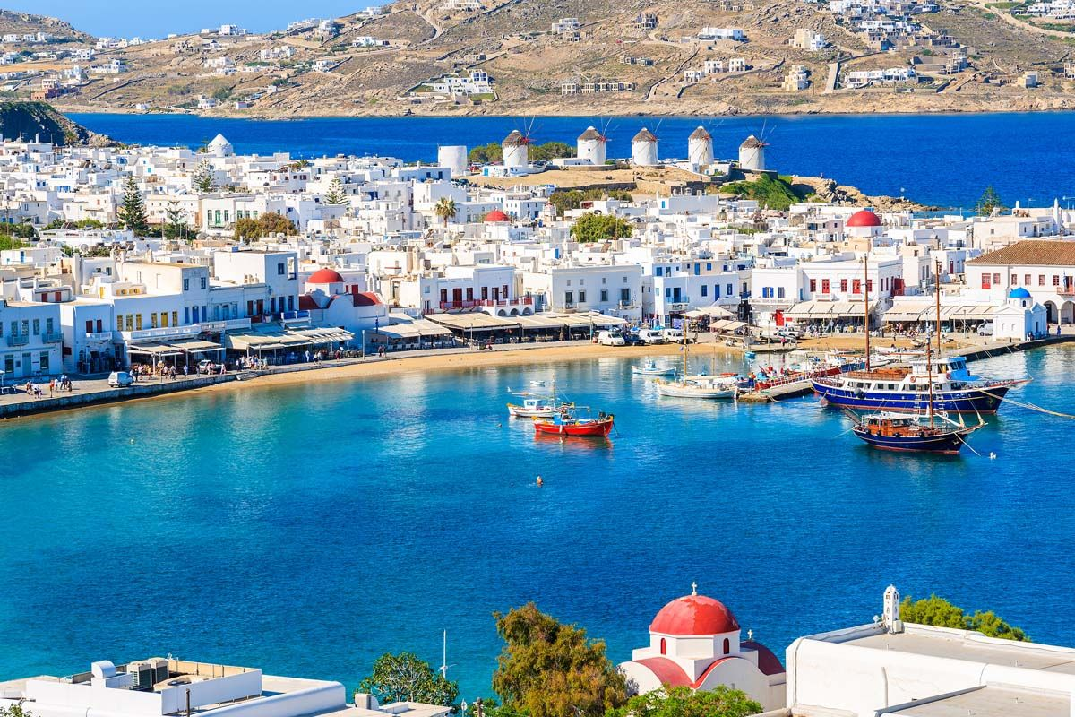 Périples dans les Cyclades depuis Santorin - Santorin, Mykonos, Naxos et Paros 3*