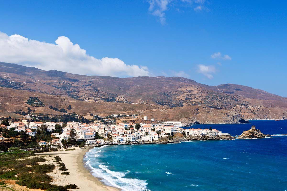 Périple dans les Cyclades depuis Athènes - Andros, Tinos et Syros en 3*