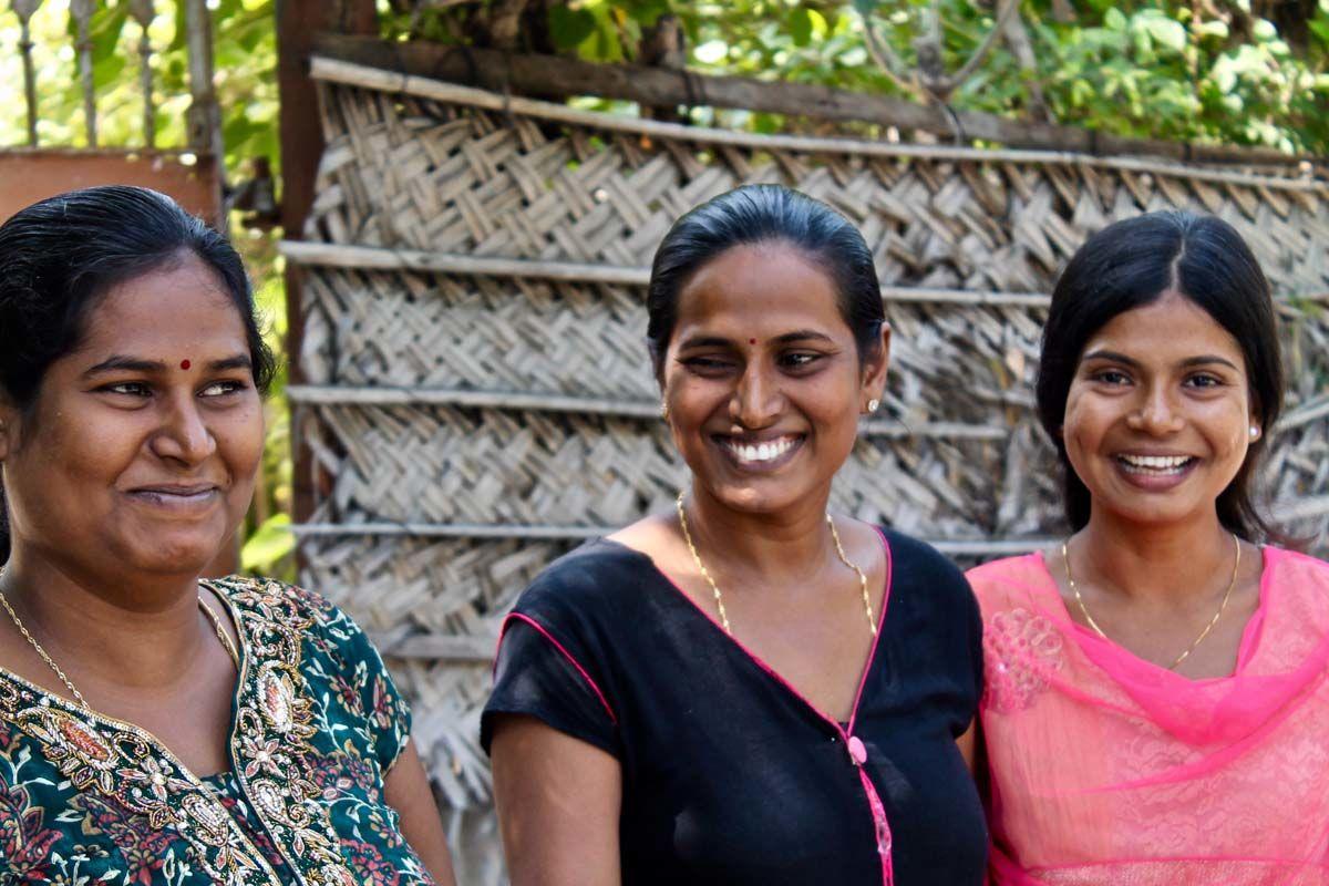 Sri Lanka rencontres gratuites rencontre une fille de 4 ans de plus que vous