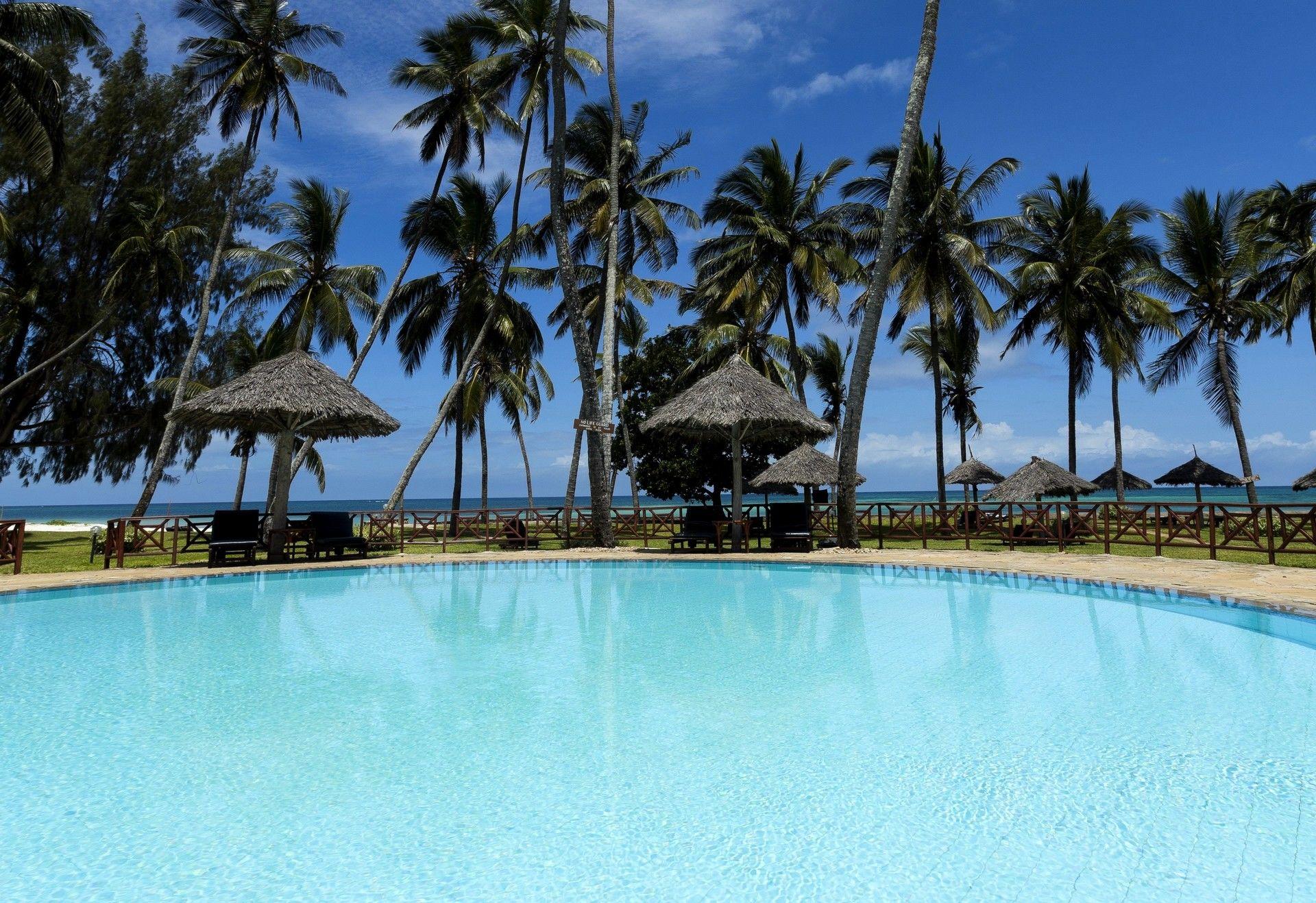 Hôtel neptune paradise beach resort et spa 4*